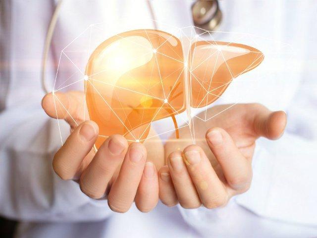 Alimentazione per il fegato grasso: cosa mangiare e cosa evitare