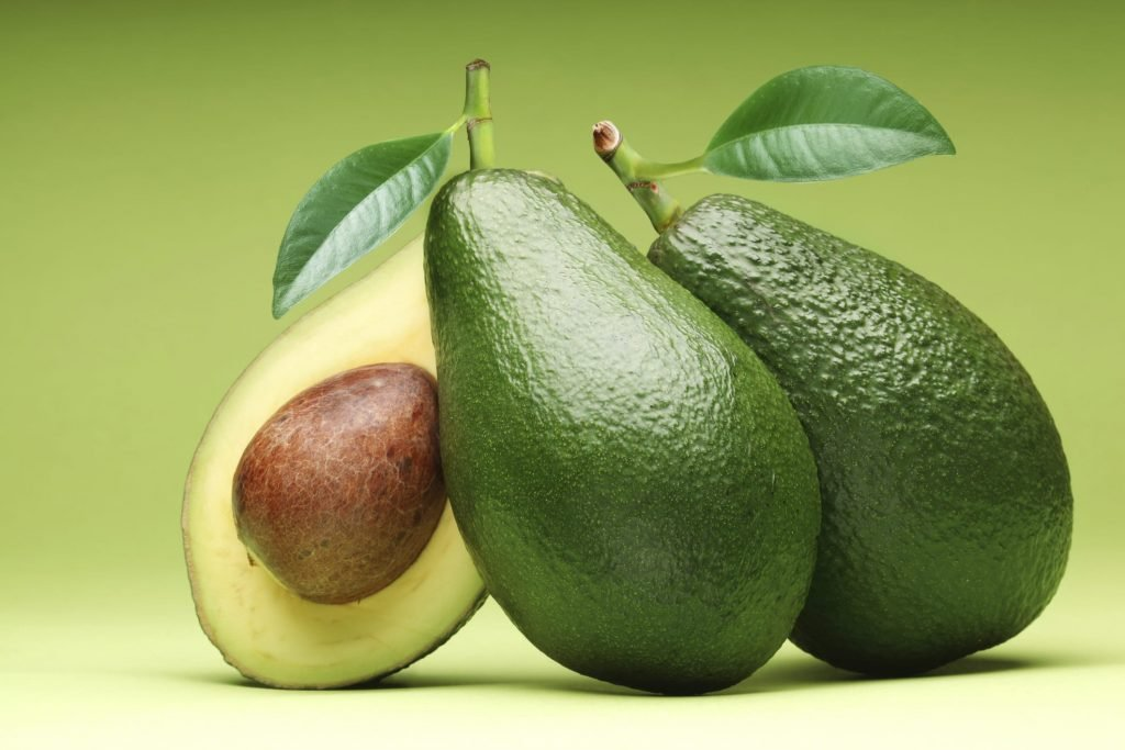 mangiare seme avocado